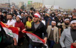 غليان في العراق والمتظاهرون يحتشدون في الشوارع
