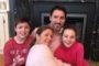عائلة ترودو تشارك في PinkShirtDay الكندي