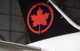 شركة طيران كندا تسرّح أكثر من 5000 موظف بسبب COVID-19