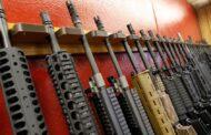 قريبا... الحكومة الكندية ستحظر بيع وشراء نوعيات معينة من الأسلحة النارية
