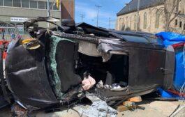 اصابات خطيرة في حادث تحطم سيارة وسط مدينة كويلف