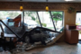 بعد قيادة متهورة اصطدمت سيارته بمطعم صغير في كامبردج