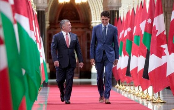 علم كندا يحلق في سماء الاردن
