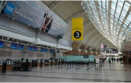 مطار تورونتو يلغي 500 وظيفة بسبب انخفاض حركة الطيران