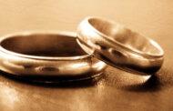 يمنية تتزوج مستأجراً في عمارتها بعد عجزه عن دفع الإيجار