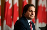 كندا تعلن استقبال 5 آلاف لاجئ أفغاني تم إجلاؤهم من قبل الولايات المتحدة