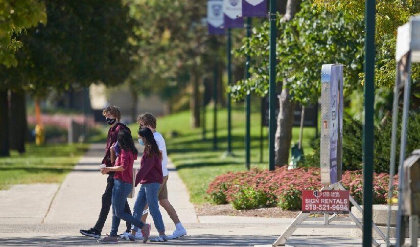 أونتاريو تدعم الطلاب الذين يبلغون عن العنف الجنسي في الجامعات والمدارس