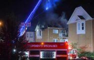 لهيب النيران يدمر شقق سكنية في بروسارد