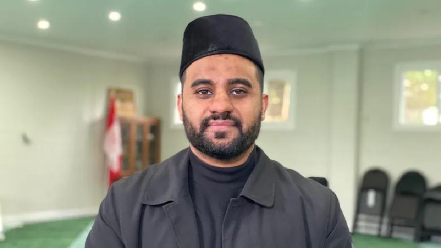 الجماعة الاحمدية تعيد افتتاح مسجد