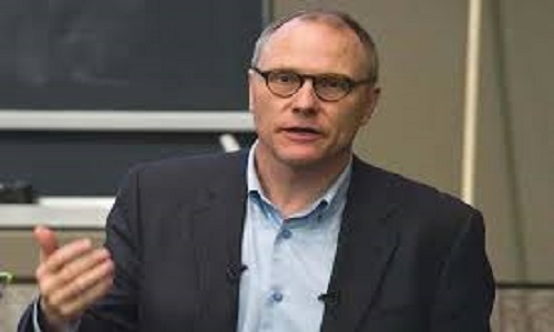 عالم اقتصاد كندي المولد يحصل على جائزة نوبل لعام 2021