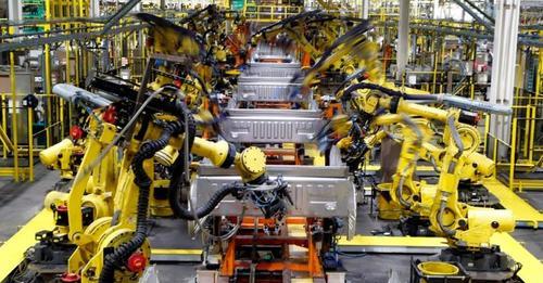 تأثر إنتاج السيارات الكندية بشدة بسبب النقص العالمي في أشباه الموصلات